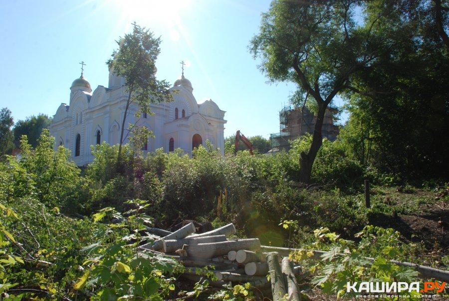 Благоустройство территории вблизи Никитского монастыря